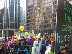 crowd in Federal plaza at Chicago March for Life
