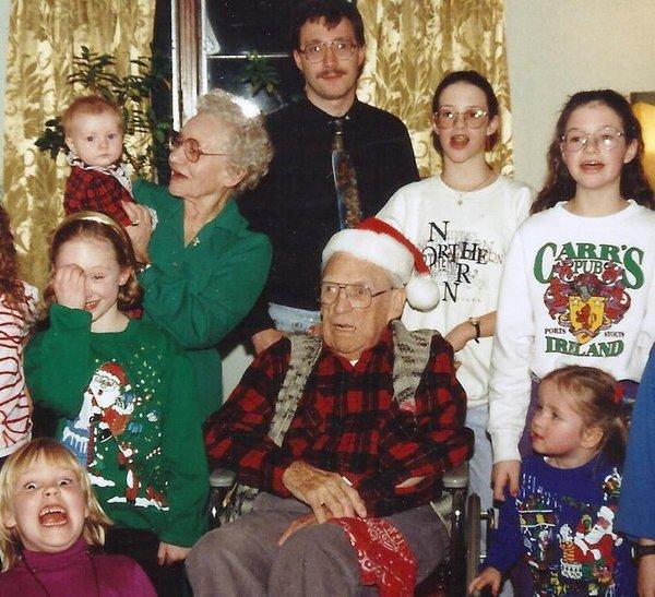 awkward-christmas-1