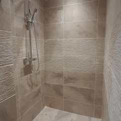 Walk in shower (2)