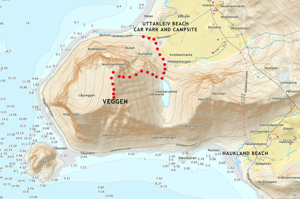 hiking veggen from uttakleiv beach TRAIL map