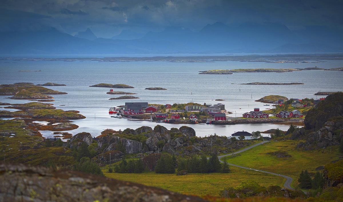 lovund island