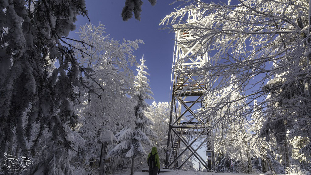 Lookout tower at the top of Mogelnica
