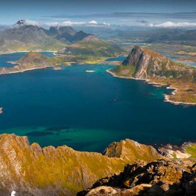 Hike to Stornappstinden – stunning viewpoint at the edge of Flakstadøya, Lofoten