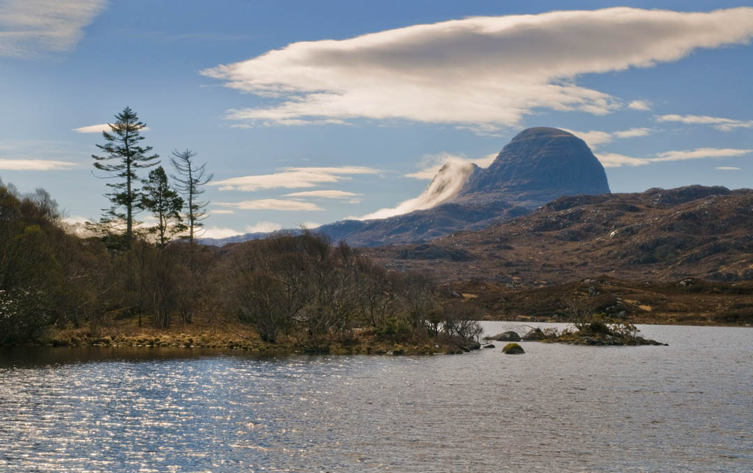 the best hikes in Scotland Suilven