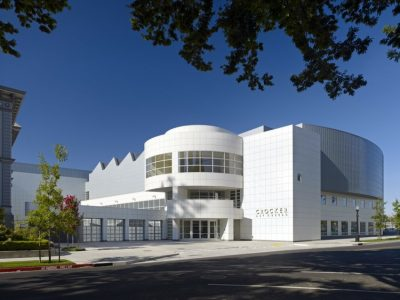 Crooker Art Museum in Sacramento. Designed by Gwathmey Siegel & Associates. Picture by archdaily.com