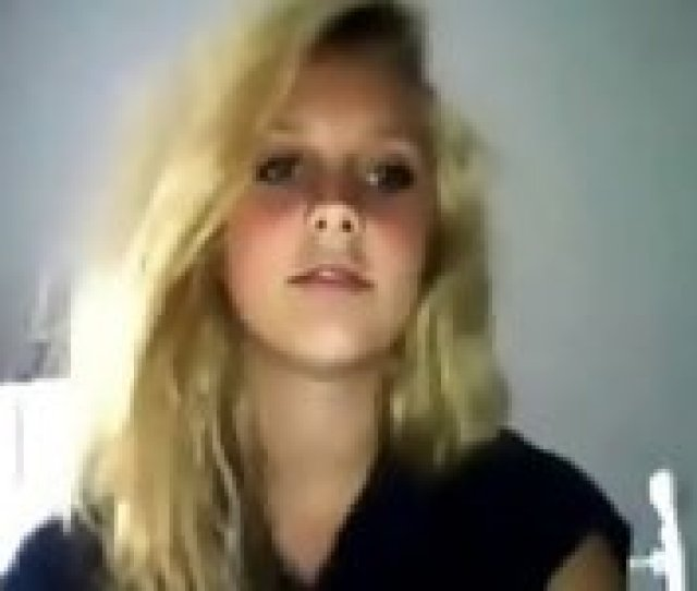 Teen Blonde Show Cute Body Webcam