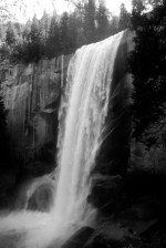 vernal-falls-in-the-morning