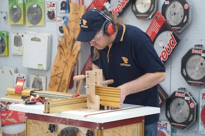 James Demonstrates the 1/2 Blind Dovetail on the Incra