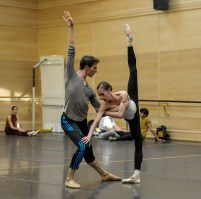 Rehearsal in studio for the gala: Anna Osadcenko and Evan McKie in Fanfare LX (Lee)