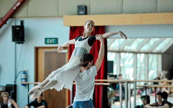 Miriam Kacerova, Alexander Jones rehearse the mirror pas de deux from the first act