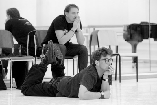 Marco Goecke and ballet master Rolando D'Alesio at the rehearsal
