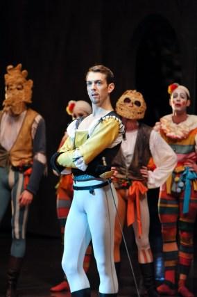 Robert Robinson as Tybalt