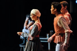 Sonia Santiago as Juliet's nurse, Adhonay Soares da Silva as Benvolio and Robert Robinson as Mercutio