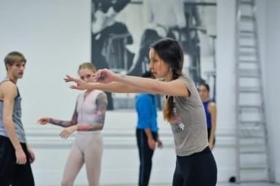 Completely focused: Katarzyna Kozielska in the studio