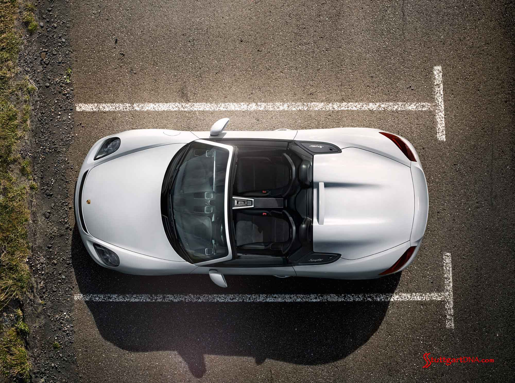 Boxster-Spyder-overhead-view-top-down-in-parking-space Mesmerizing Porsche 918 Spyder London Ontario Cars Trend