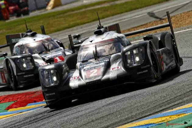 Porsche garners 18th overall win at 84th Le Mans 2016: No. 2 and No. 1 919s in curves. Credit: Porsche AG