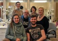 Chefmaskenbildner Jörg Müller und sein Team von oben links im Uhrzeigersinn): Lola Khourramova, Jenny Drechsler, Petra Warden, Roman Rädcher, Nathalie Diem