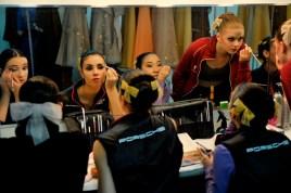 Aiara Iturrioz, Joana Romaneiro, Agnes Su, Heather MacIsaac machen sich für die Vorstellung bereit