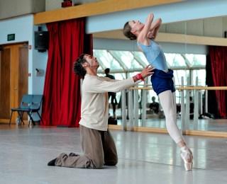 Anna Osadcenko als Tatjana mit Jason Reilly als Onegin – bei der Probe für den Schluss-Pas de deux