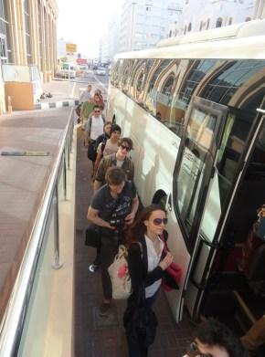 Der Shuttlebus bringt uns zum Royal Opera House