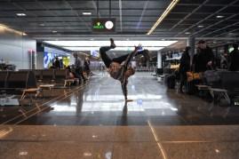 Alexander McGowan genießt kurz vor dem Flug noch die Bewegungsfreiheit!