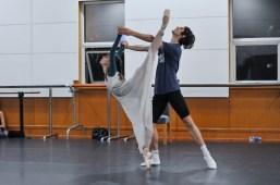 Probe für die zweite Vorstellung: Elisa Badenes als Julia und David Moore als Romeo
