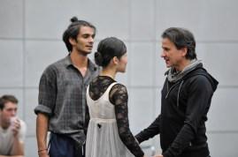 Hyo-Jung Kang und Constantine Allen bei der Probe mit Tamas Detrich