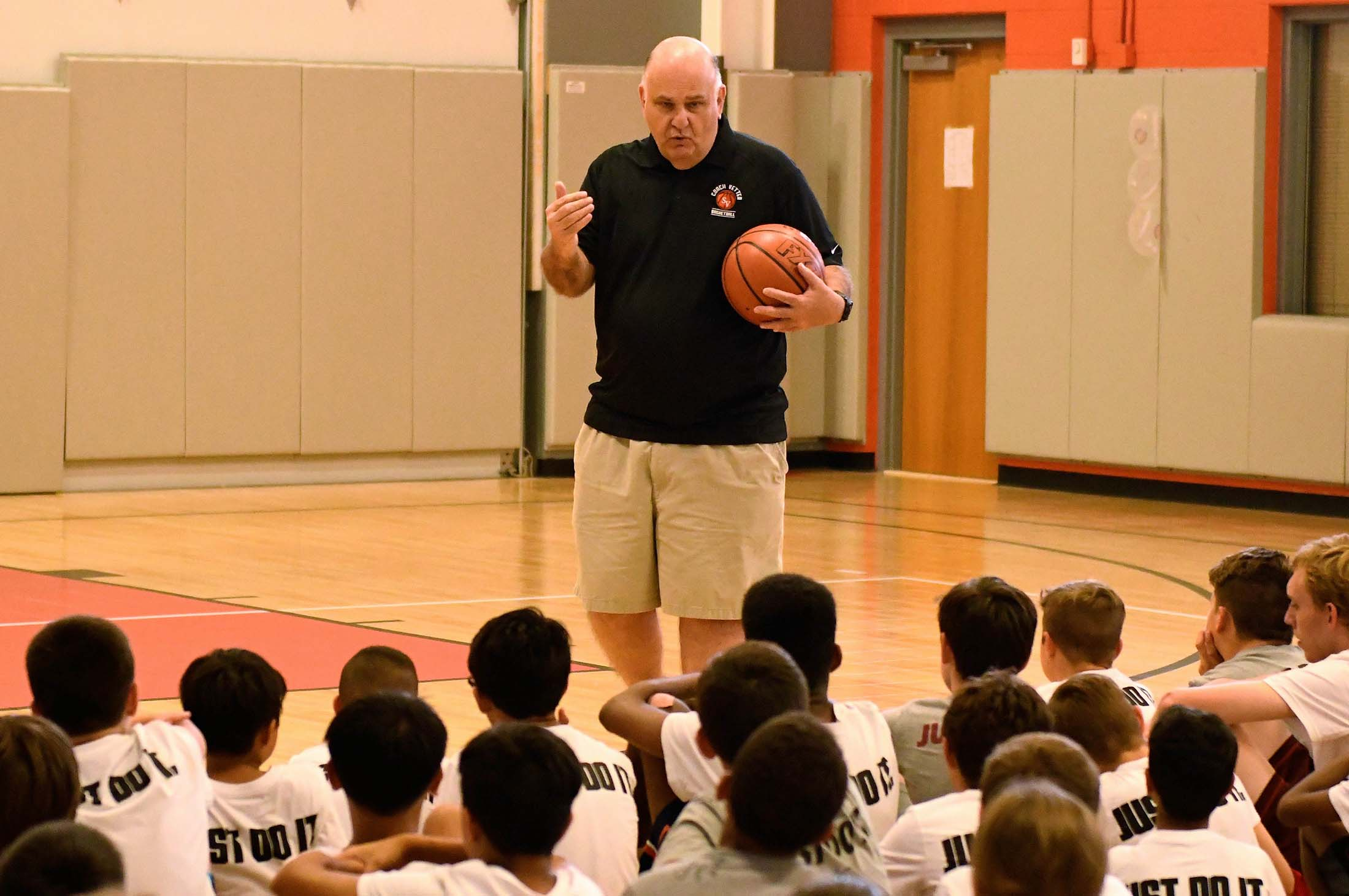 vetter talks to campers