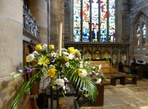 Sanctuary Easter 2016 (3)