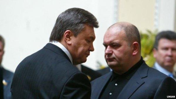 """Суд дозволив фірмі екс-міністра з """"команди"""" Януковича добувати газ на Прикарпатті"""