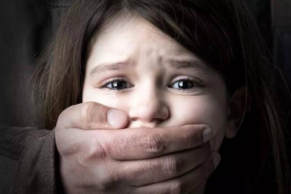 На Івано-Франківщині зґвалтували одинадцятирічну дівчинку