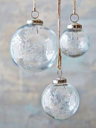 https://www.nordichouse.co.uk/snowflake-christmas-baubles-p-1833.html