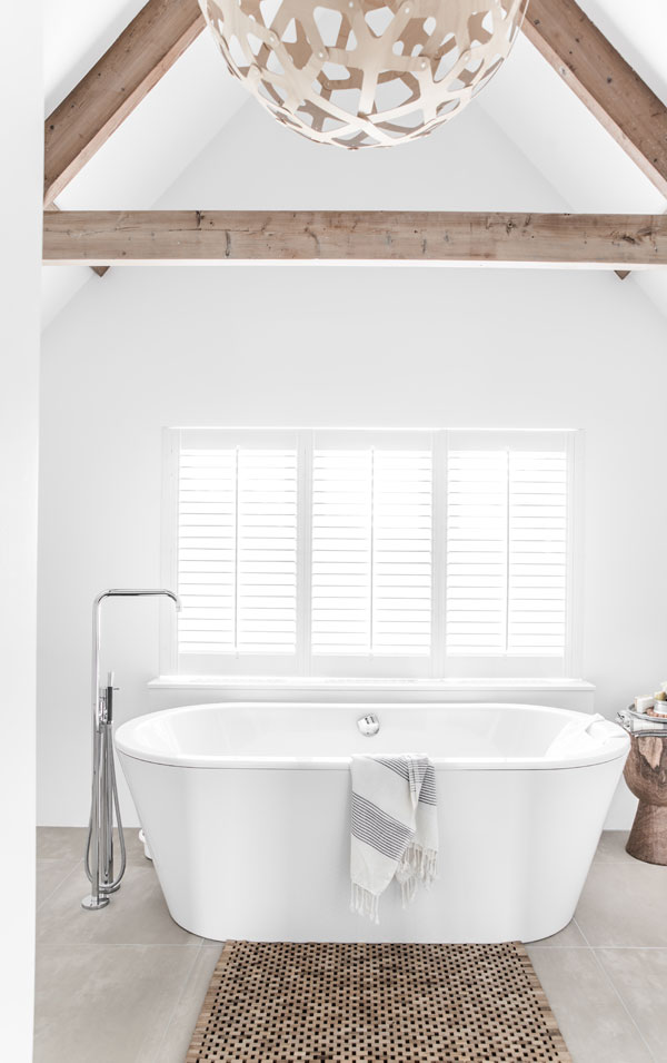 home-tour-the-style-files-bathroom1