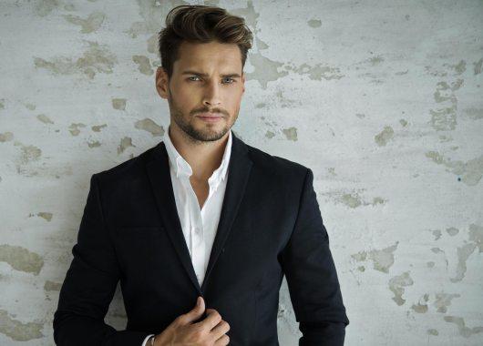 Kleidung und Erfolg Männermode