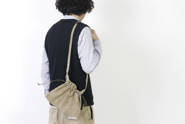Hender Scheme(エンダースキーマ) red cross bag small