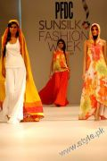 Sublime by Designer Sara Shahid in PFDC Sunsilk Fashion Week 2011 (14)