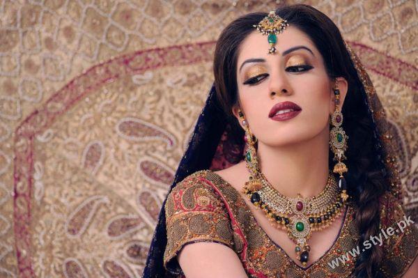 Stylist Khawar Riaz bridal photoshoot