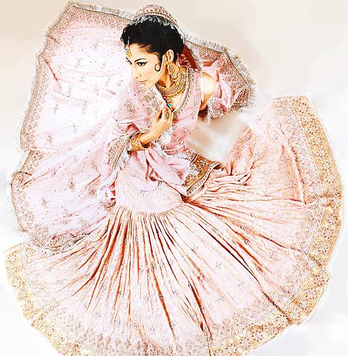 Emboridered Banarsi Gharara For Brides 003