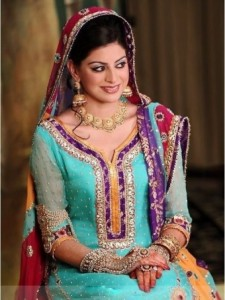 mehndi dresses for girls by Deziners collection (1)