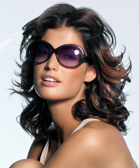 ShoulderLength_hairtrends2011_001