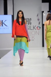 kamiar rokni's collection at sunsilk fashion week (3)
