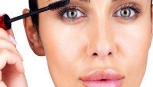 Easy Tips to Apply Mascara _01