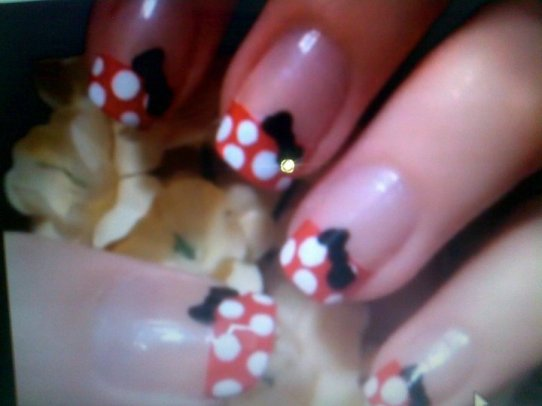 Tips for A Perfect Nail Art (3)