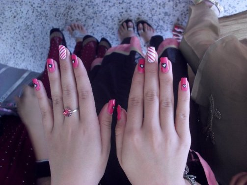 Tips for A Perfect Nail Art (1)