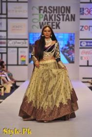 Latest Kuki Concept Dezzling Collection at FPW 2012, Day 2-016