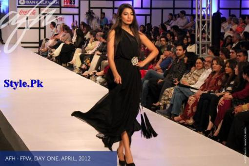 Latest Pret Wear Collection By Ayesha F Hashwani For Women 2012-012