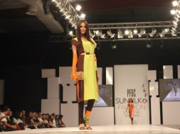 Sunsilk PFDC Fashion Week 2012, Day 1 (4)
