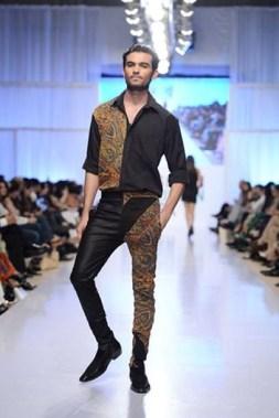 Rizwanullah Collection At Fashion Pakistan Week 2012 Season 4 006