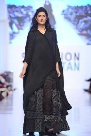 Rizwanullah Collection At Fashion Pakistan Week 2012 Season 4 009