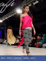 Ayesha F Hashwani at PSFW 2013-Quite Western 008